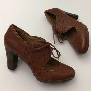 Clarks Artisan Oxford High Heels Booties Leather
